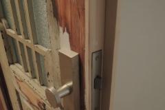 Wohnungseingangstüren, denkmalgerecht überarbeitet und abgedichtet